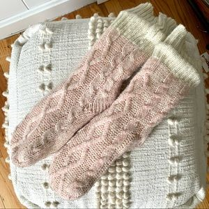 Jane and Bleeker pink chunky knit slipper socks